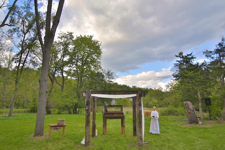Decorah Affordable Wedding Photographer 17