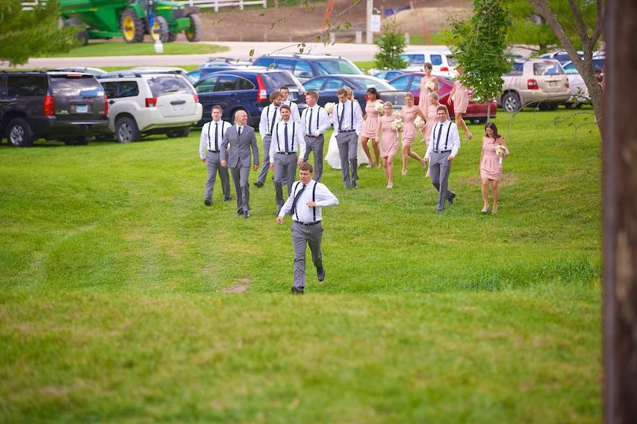 Decorah Affordable Wedding Photographer 18