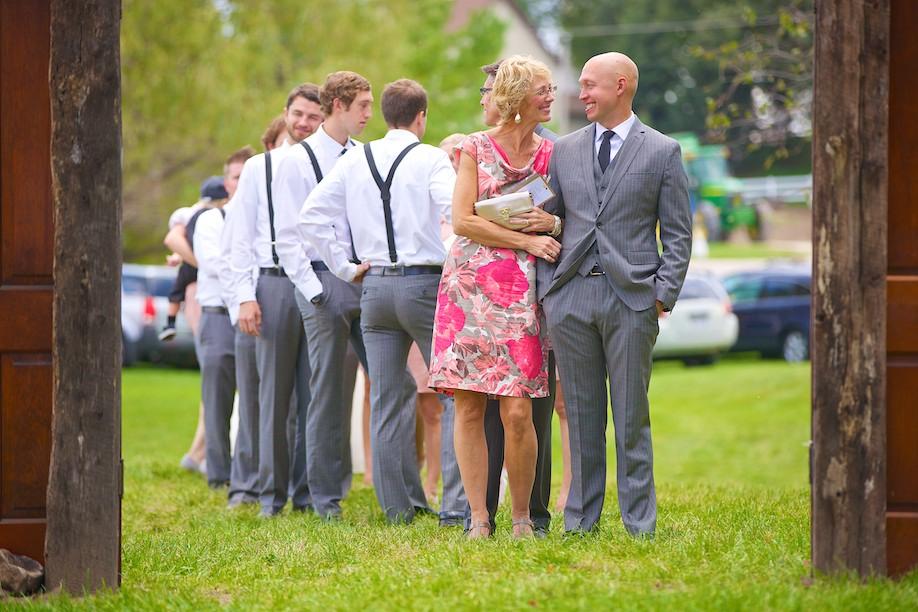 Decorah Affordable Wedding Photographer 19
