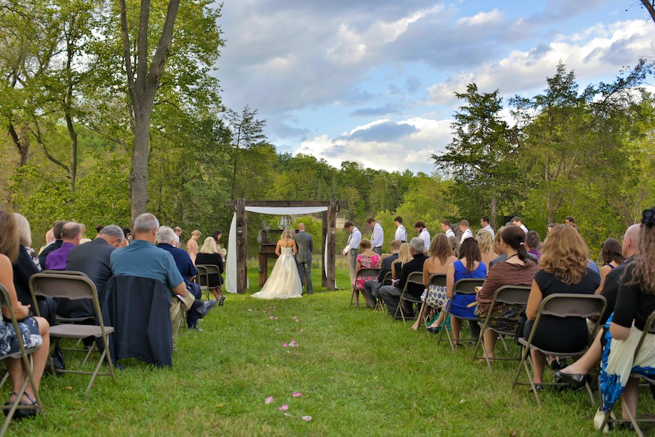 Decorah Affordable Wedding Photographer 22