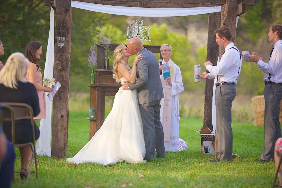 Decorah Affordable Wedding Photographer 24