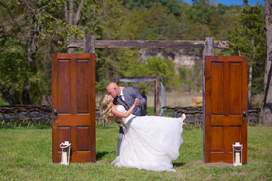 Decorah Affordable Wedding Photographer 8