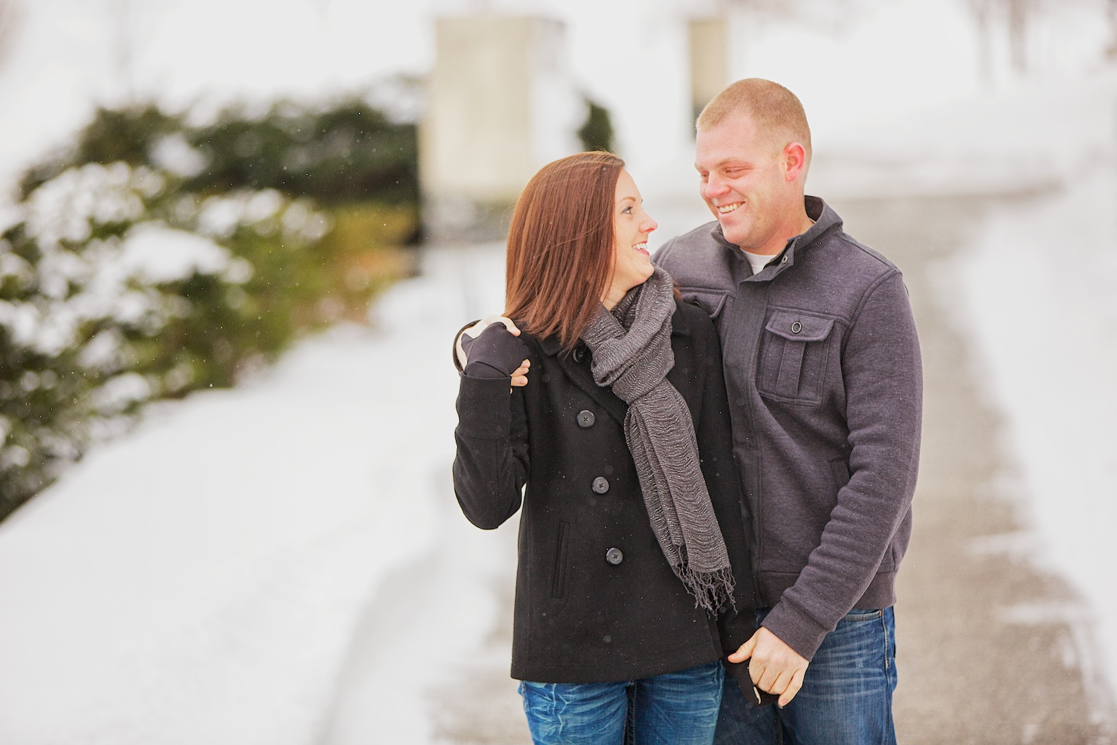 Minneapolis Winter Engagement Photos 1