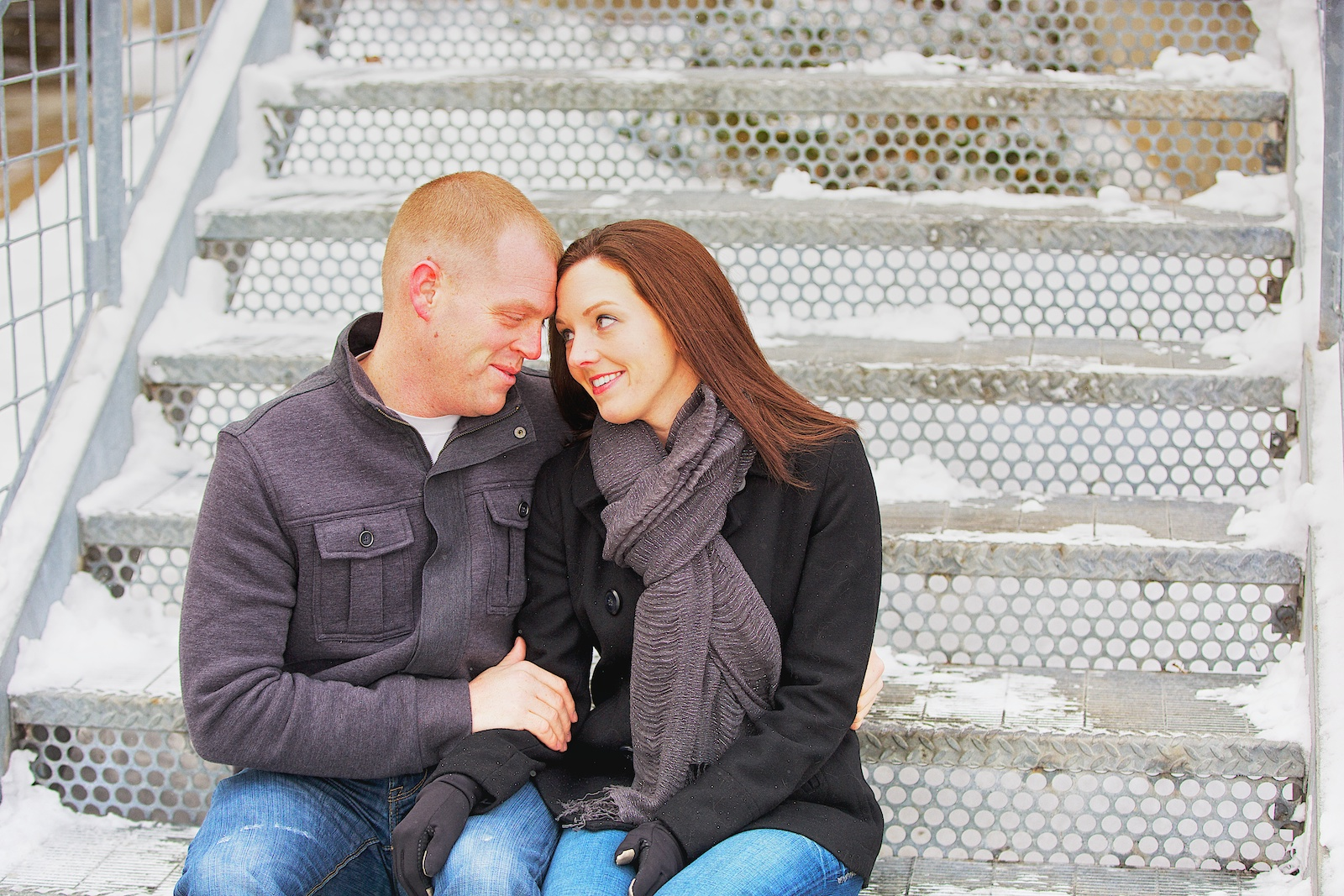 Minneapolis Winter Engagement Photos 3