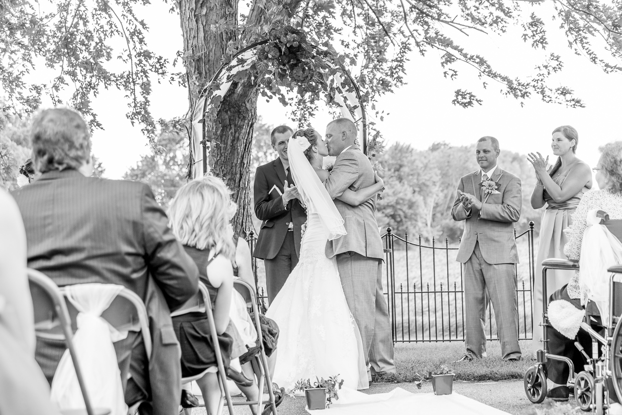 documentary wedding photography minneapolis